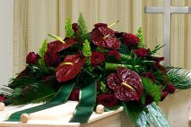 SP0019 - Casket Anthuriums